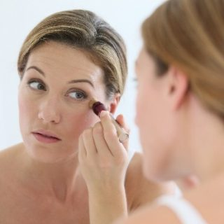 Home Remedies to Remove Dark Circles Under Eyes Permanently