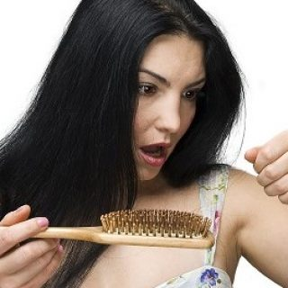 How to Prevent Hair Loss After Pregnancy with Home Remedies