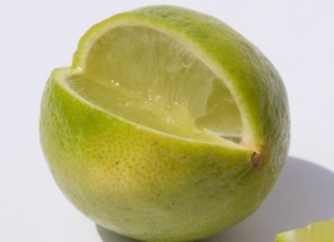 Lemon Juice For White Spots on Your Teeth Treatment